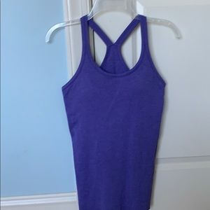 lululemon tank top with built in bra size 6